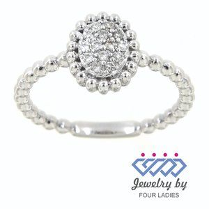 Cluster Diamond Oval Shaped Charm Ring White Gold